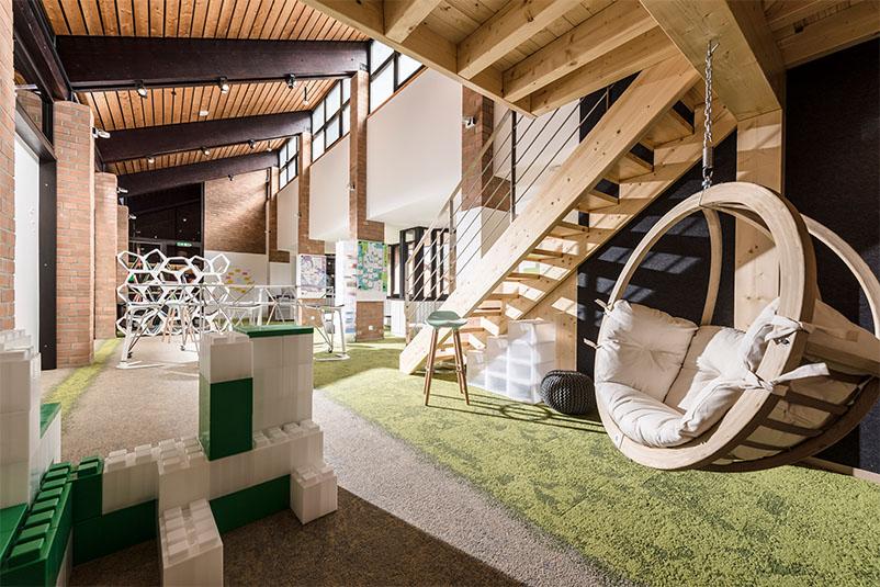 AOK Rheinland Hamburg BIZ Grevenbroich Beispiel Innovation Space Kreativraum Creative Space Raum für Veränderung