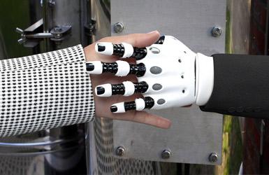 Arbeitsmarkt der Zukunft Automatisierung Digitalisierung New Work Kreativität Ideenkultur Ideen Innovation Kreativraum Creative Space Roboter Maschinen Wissentransfer Cobots Blog Übersicht