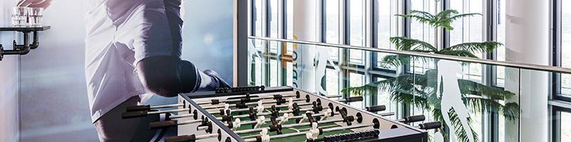 ARAG Versicherung Düsseldorf Healthy Working Ideenkultur moderne Arbeitswelt Kreativität Kommunikation Unternehmenskultur gesund arbeiten Kicker Fußballtisch