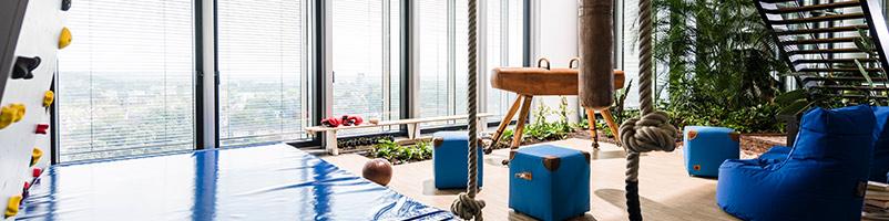 ARAG Versicherung Düsseldorf Health Based Working Ideenkultur moderne Arbeitswelt Kreativität Kommunikation Unternehmenskultur gesund arbeiten Turnecke Kletterwand