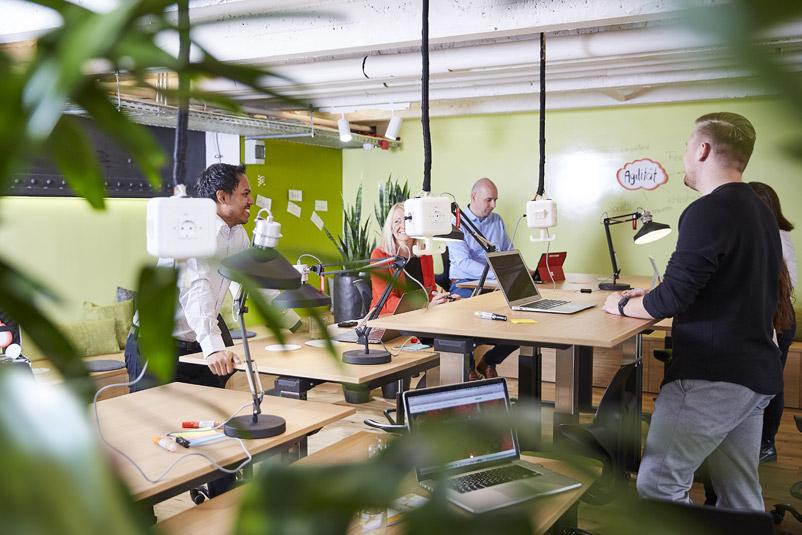 Zentis Beispiel Innovation-Space agiler Arbeitsraum Creative -Space Raum für Veränderung Fruchtcampus Moderne Arbeitswelt New Work Teamwork